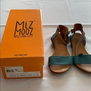 Mix Mooz Alain's Sandals Worn
